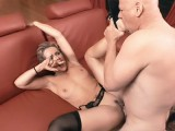 Housewife acquires Kinky